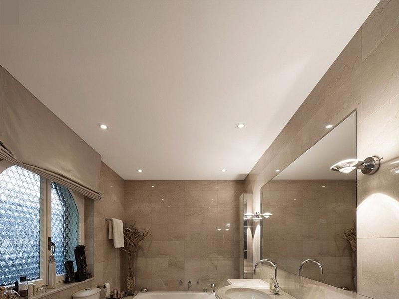 Матовый потолок в ванную